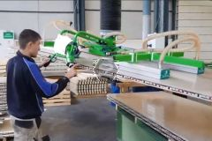 Manut LM Vacuum Lifting Device for Profiled Panels